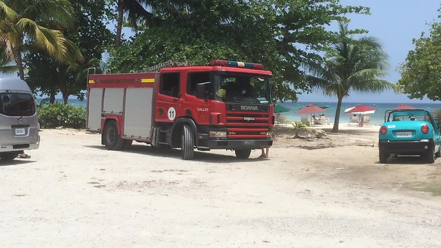 Worthing (Barbados Fire Service) responding to a call