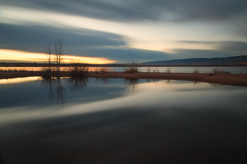 sunrise dawn daybreak sky morning landscape seascape clouds reflections lakechatfield chatfieldlakestatepark colorado autumn fall longexposure le