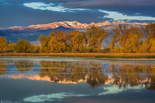 autumn fallleaves cottonwoods tellerlake indianpeaks sunrise reflection