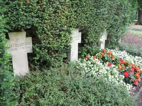 tumba de Helmut Lent