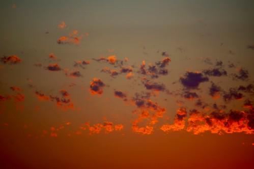 sunset orange chicago clouds gold golden goldenhour heavenonearth pw skyonfire fireintheskies torepost privatelyposted privatebackups