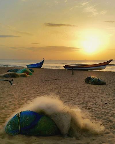 india sunrise fishingboats tamilnadu desolate fishinggear quiet color hazy summer