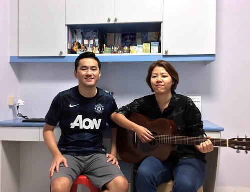 1 to 1 guitar lessons Singapore Ying Jie