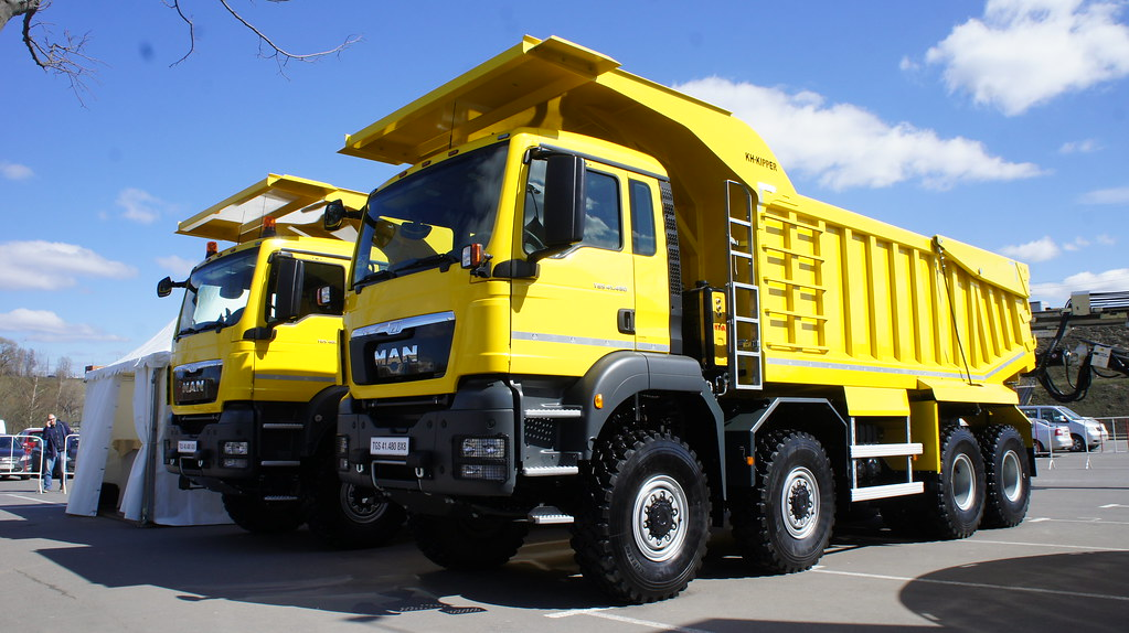 Самосвалы MAN TGS 41 480 8x8 BB-WW и MAN TGS 40 480 6x6 BB