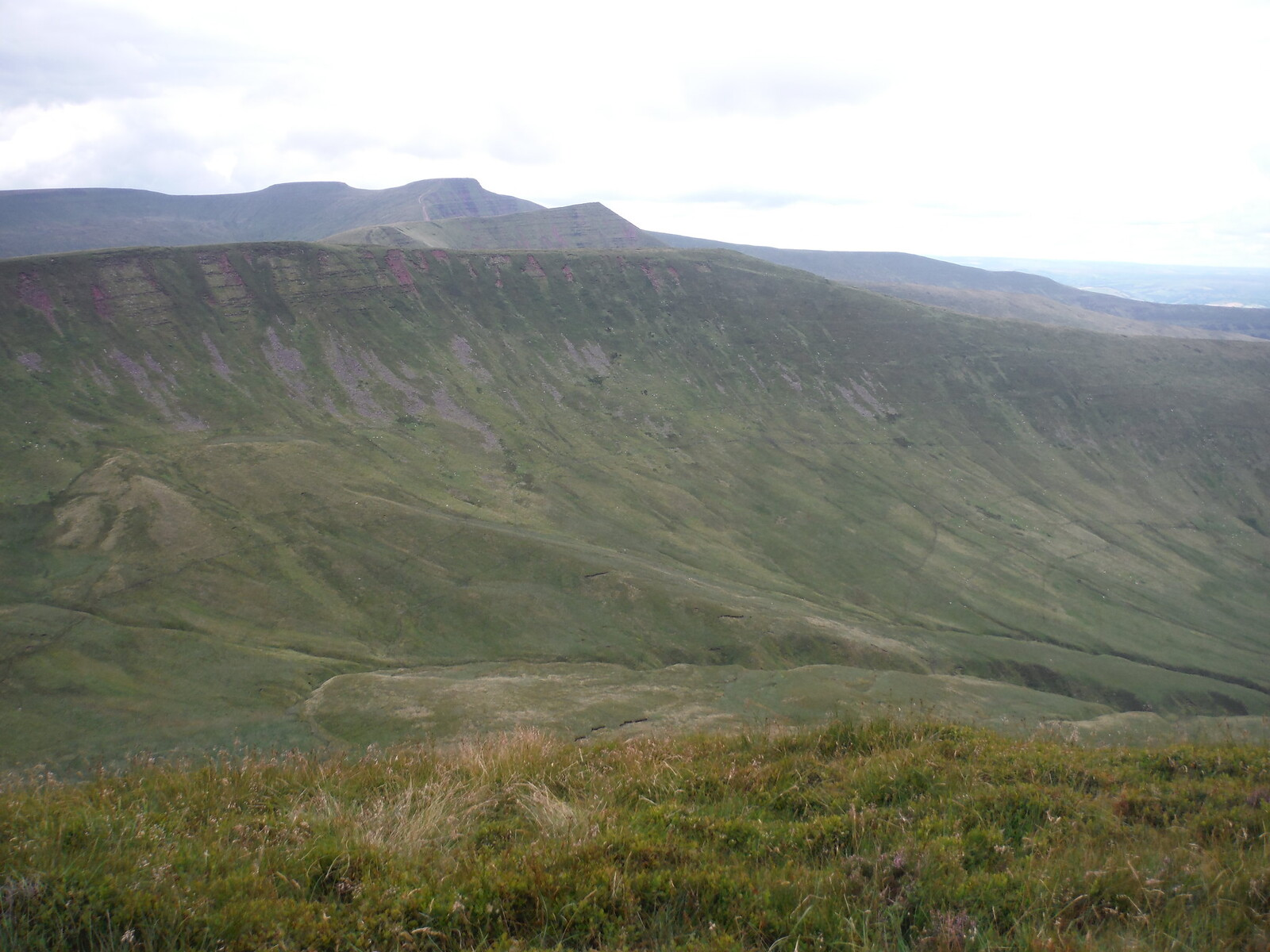 The Four Tops (r-t-l): Fan y Big, Cribyn, Pen y Fan, Corn Du. From Craig Cwareli SWC Walk 278 Breacon Beacons Horseshoe - Bannau Brycheiniog (Extension to Waun Rydd)