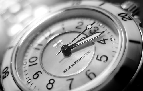 blackandwhite macro bokeh watch odc backtobasics canong15