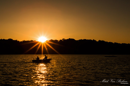 sunset lake landscape evening boat shadows fishermen nj sunburst kinnelon smokerise canon5dmkiii lakekinnelon