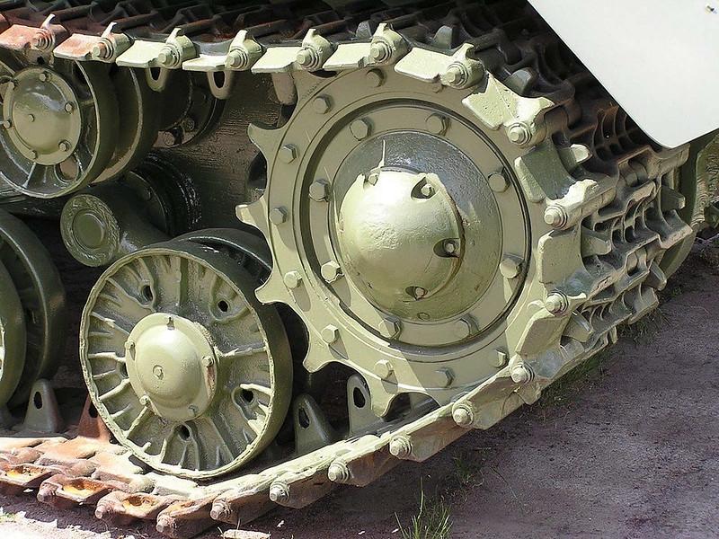 IS-2 (8)