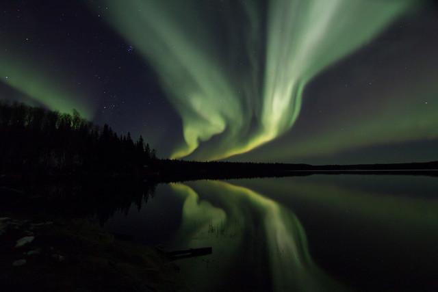 Aurora over Mid Lake