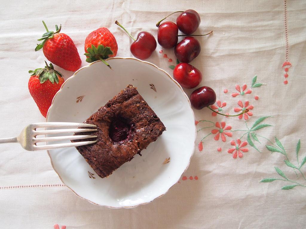 Raspberry Brownies at the Brick Lane tea rooms