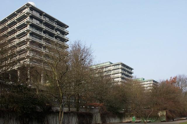 Ruhr-Universität Bochum, II