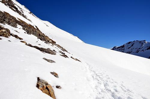 steile gletscherflanke endlich überwunden   by michael pollak