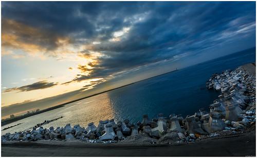 sea photoshop sunrise canon rocks taiwan cc hualien topaz lightroom 5dmk3 1635f4