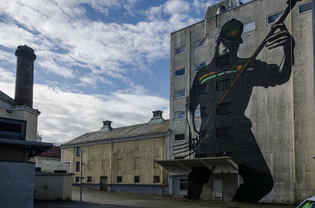 Grain silo with mural