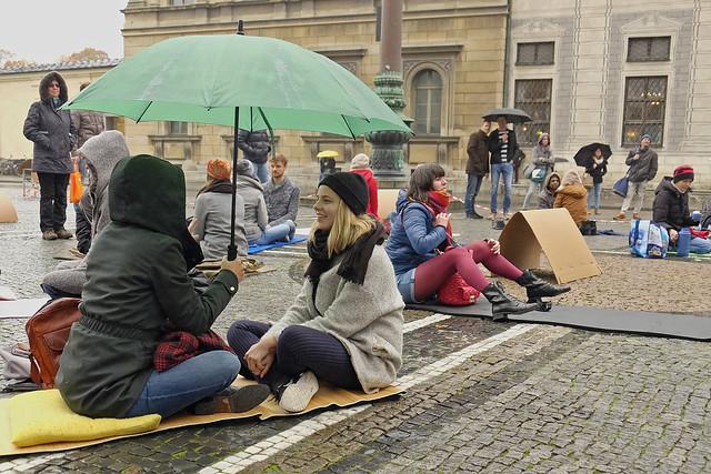 grüner Schirm