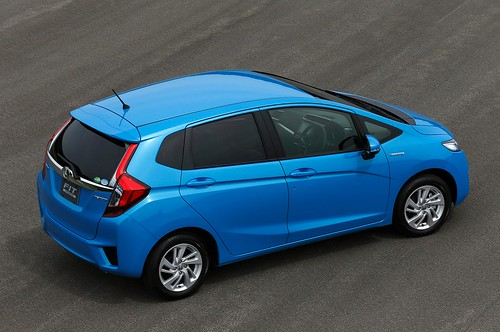 2014-honda-jazz-2015-honda-fit-photo-gallery-1080p-10 Photo