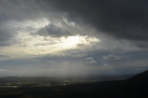 landscape afternoonlandscape autumn overcast tamborinemountain sequeensland queensland australia australianlandscape mounttamborine