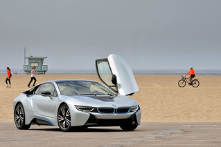 BMW-2014-i8-on-the-road-27