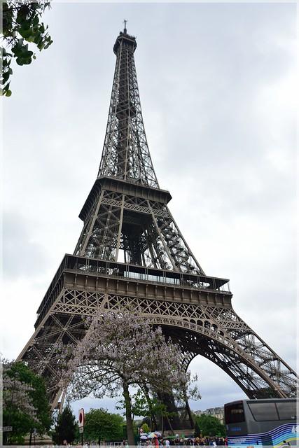 14 Mai 15 - Paris Eiffel Tower at the top!