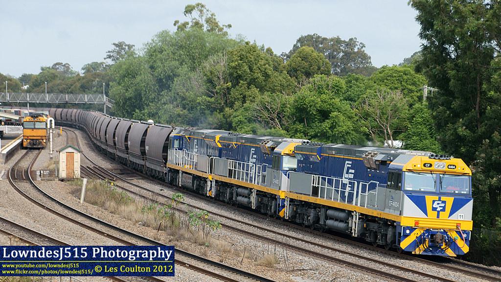 CF4404, CF4406, CF4405, NR86, AN7 & NR76 at East Maitland by LowndesJ515