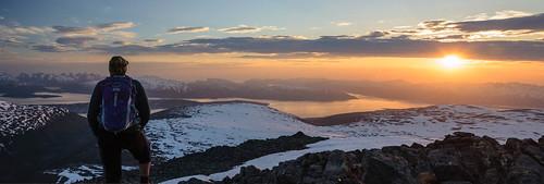 norway norge hiking midnightsun tromsø troms midnattsol topptur fottur tromsdalstind