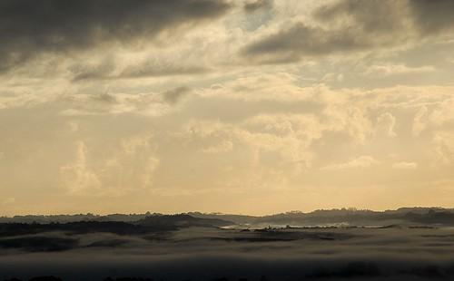 morning nature fog sunrise landscape countryside morninglight scenery earlymorning valley inversion valleyfog sunlitclouds morninglandscape wilsonsrivervalley