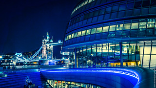 London City Hall   by Leonardo Angelini