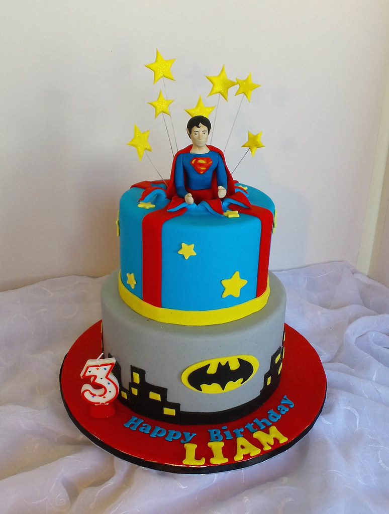 Tremendous Superman And Batman Themed Birthday Cake Willi Probst Bakery Funny Birthday Cards Online Sheoxdamsfinfo