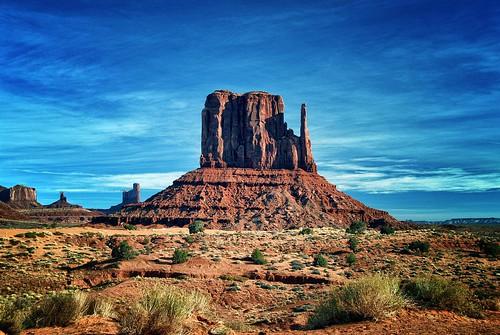 arizona usa america landscapes utah travels day cloudy northamerica monumentvalley viaggi paesaggi soe wonderfulworld ganagafoto nordamerica flickrestrellas quarzoespecial blinkagain