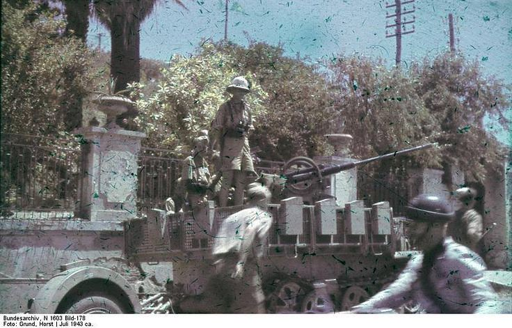 Flak 38 mounted on a Sdkfz 10/5 half-track