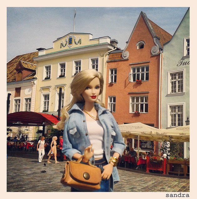 Barbie & Instagram. Tallin.