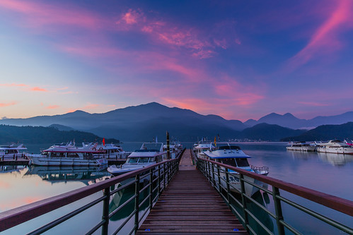 日月潭 朝霧碼頭 日出 火燒雲 sun moon lake sunrise taiwan 南投