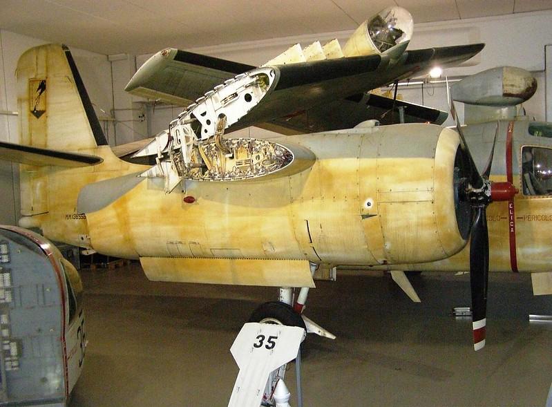 Il Grumman S2F-1 Tracker, 2