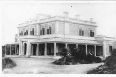 Para Para Mansion