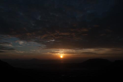 sunset india night cloudy jungle maharashtra lore satara kaas junglelore
