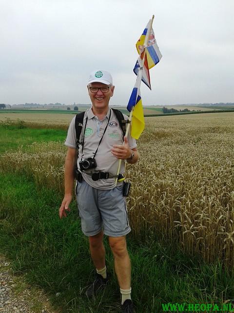 2015-08-08      3e dag 28 Km  Heuvelland  (72)