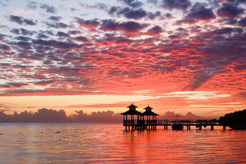 ocean morning sun clouds sunrise relax pier paradise day relaxing places jamaica usm relaxed jm carribbean locations montegobay mobay caribbeansea ef70200f4lusm saintjamesparish pwpartlycloudy