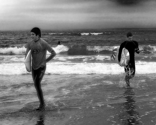ocean street people blackandwhite bw beach water monochrome mono blackwhite newjersey candid nj streetphotography olympus sp streetphoto capemay seaislecity seaisle capemaycounty tg1 2013
