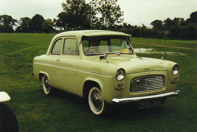 Ford Popular - POO 389