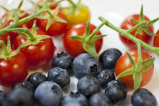 2013.06.29 - Tomatoes and Blueberries 3 | by MShades