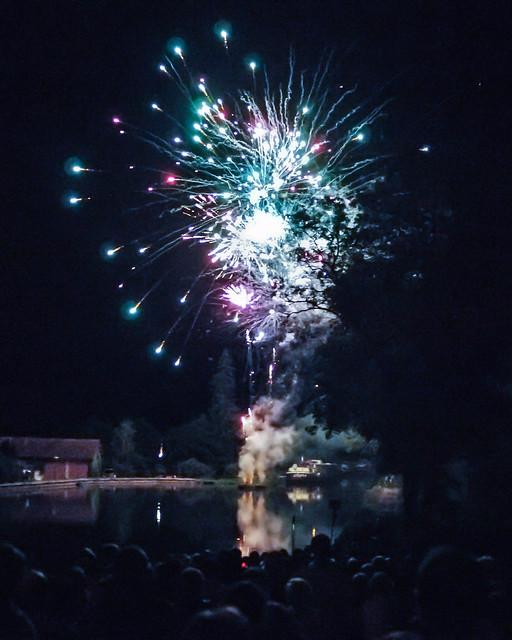 Vandenesse Fireworks