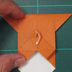 วิธีพับกระดาษเป็นที่คั่นหนังสือรูปหมาบูลด็อก (Origami Bulldog Bookmark) 014