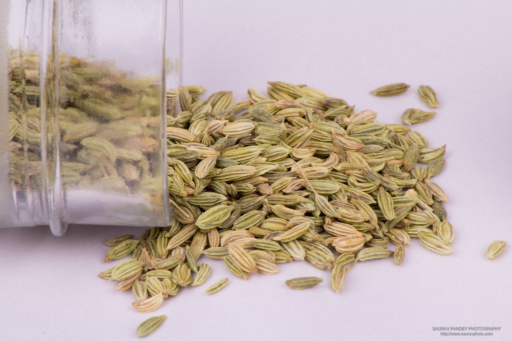 The Buzz on What Do Caraway Seeds Taste Like