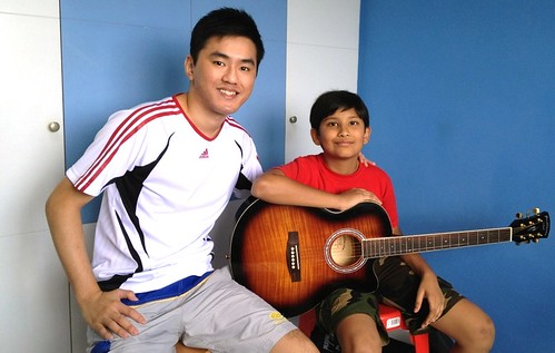 1 to 1 guitar lessons Singapore Harsh