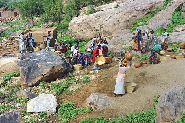 Pounding Millet in Endé, Pays de Dogon, Mali