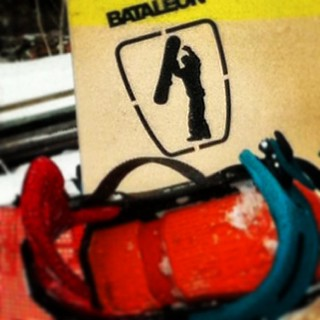 Autocollants. Stickers. Décalques. Decals. #snowboard #quebec www.snowboardquebec.com/SHOP