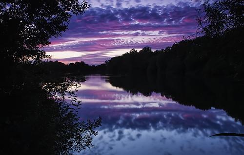 pink sunset sky lake reflection clouds pastel wiltshire somerfordkeynes neighbridge pentaxk5