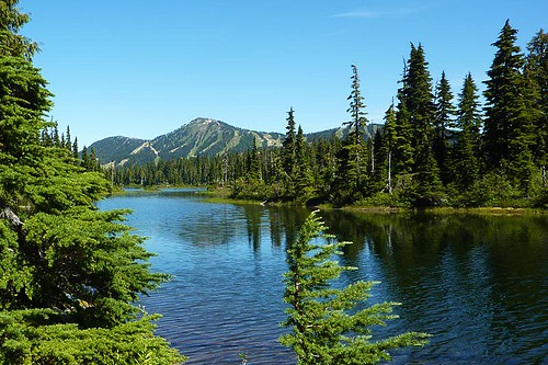 Battleship Lake, Strathcona Provincial Park, Central Vancouver Island, British Columbia, Canada