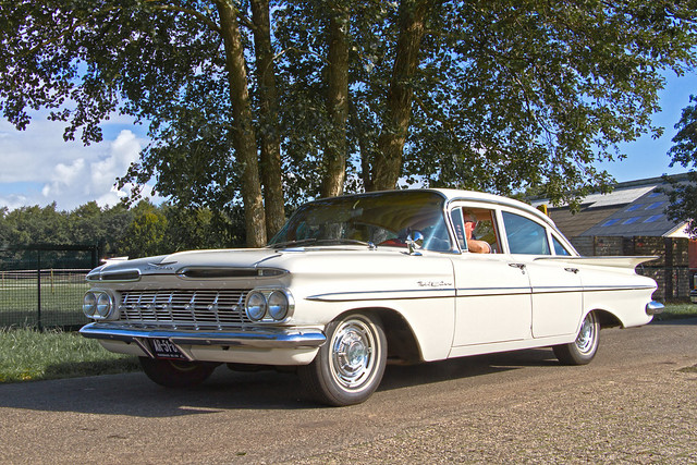 Chevrolet Bel Air 4-door Sedan 1959 (3682)
