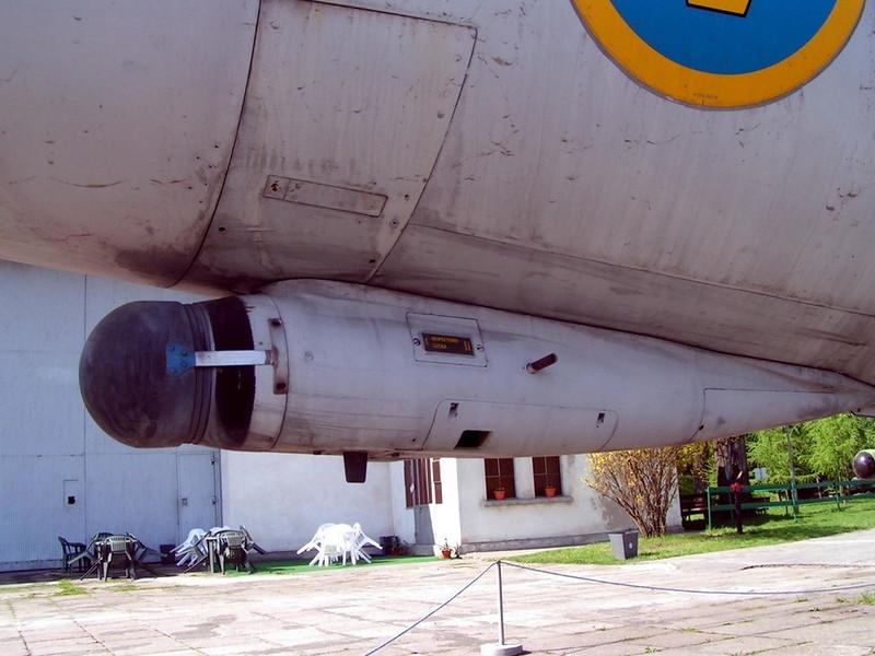SAAB J-35 Draken (5)